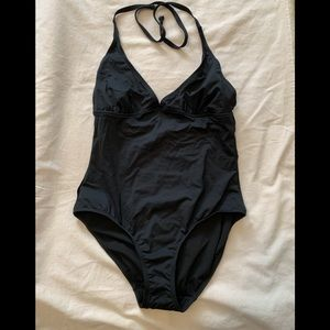 NWT women's size LARGE swimsuit